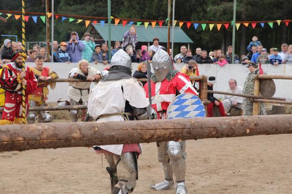 Средневековые баталии в Порошино