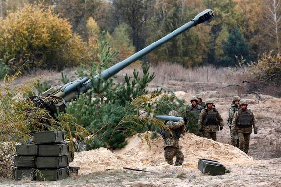 Порошенко анонсировал появление в украинской армии оружия XXI века