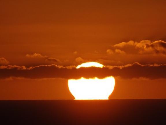 На Солнце произошла вторая за неделю мощная вспышка