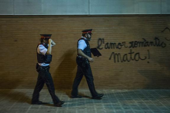 Каталонская полиция отказалась подчиняться властям Испании