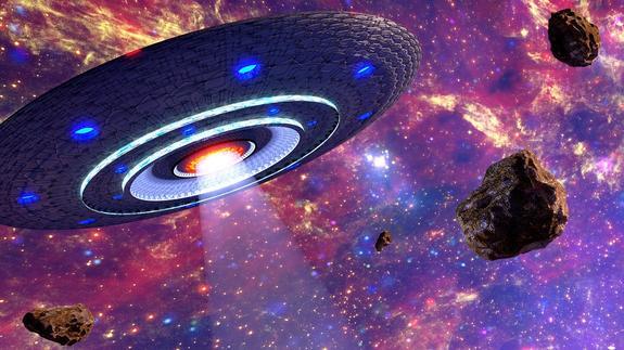 Уфологи заявили об обнаружении в небе над США прозрачного инопланетного корабля