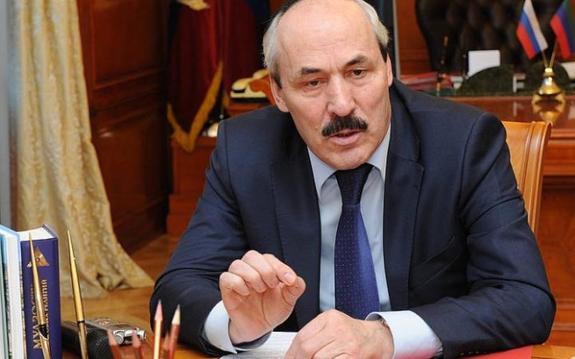 Владимир Путин принял отставку главы Дагестана