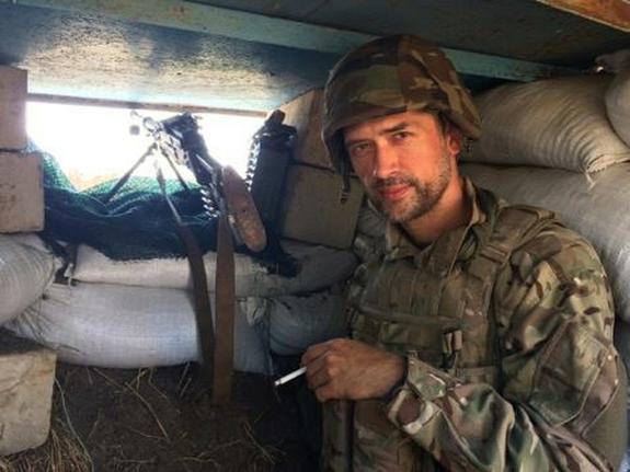 Воюющий на Донбассе актёр Пашинин не стал рассказывать  о своих обязанностях