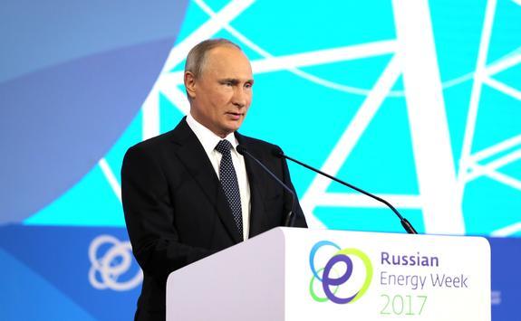 Путину нравятся электромобили, но машины на  газомоторном топливе  экологичнее