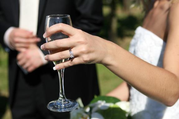 Диана Шурыгина сегодня выйдет замуж за оператора Первого канала