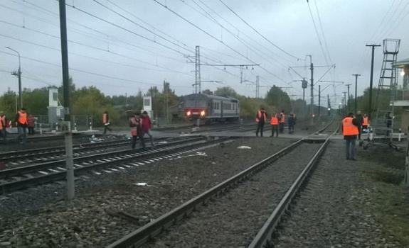 СКР рассматривает несколько причин аварии с участием автобуса и поезда в Покрове