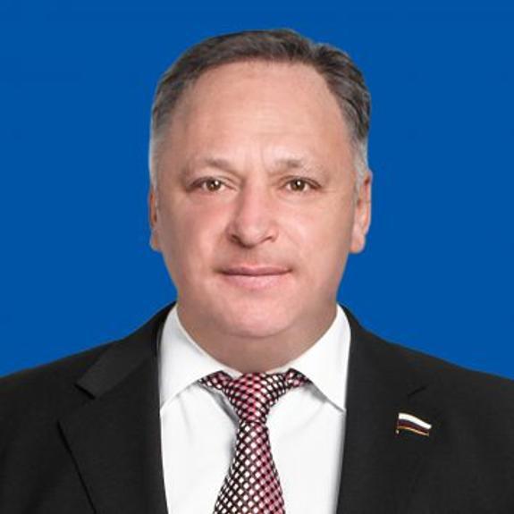 Олег Валенчук: Госдума проголосовала за плановое повышение пенсий и зарплат