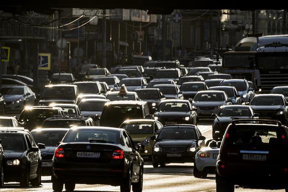 Московских водителей предупредили об ухудшении дорожного движения