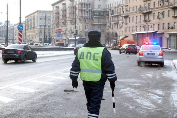 """План """"Перехват"""" объявлен в Москве для задержания подозреваемых в разбое"""