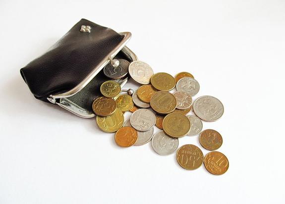 Россияне считают порогом бедности ежемесячный доход в 20 тысяч рублей