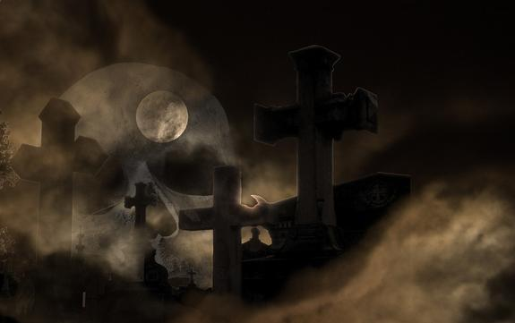 Вандалы повредили десятки надгробий на Казанском кладбище в Петербурге