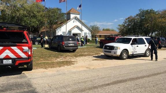 В Техасе в церкви произошла стрельба, много пострадавших