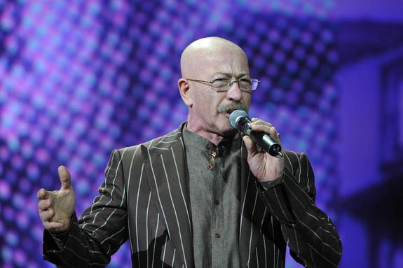 Александр Розенбаум посвятил песню покойной Вере Глаголевой