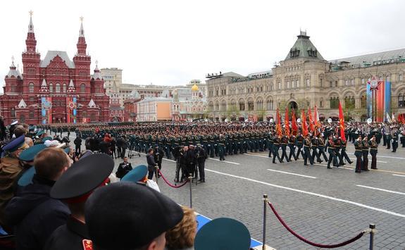 На Красной площади завершился марш в честь годовщины военного парада 1941 года