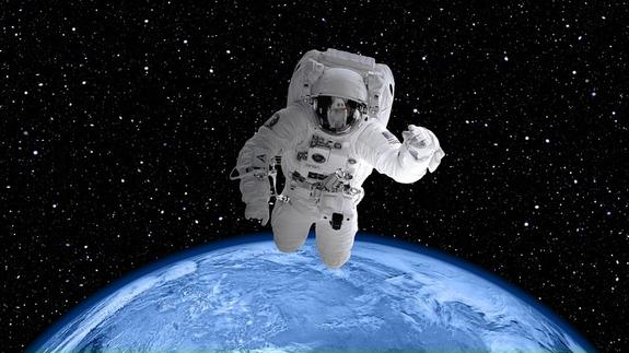 В США скончался астронавт, управлявший командным модулем Apollo 12
