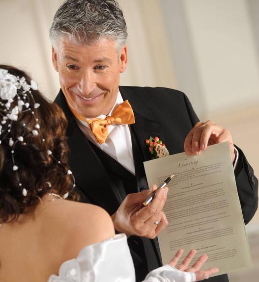 Россияне стали гораздо чаще заключать брачные контракты