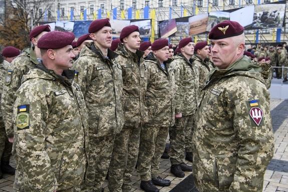 Армия Украины готова вернуть Крым силовым путем, считают депутаты Рады