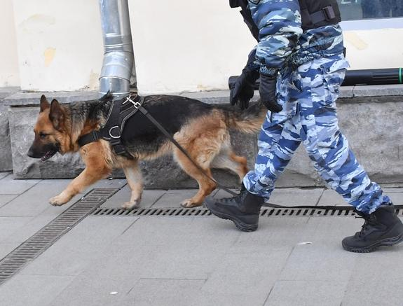 """Появилось сообщение о заложенной в ТЦ """"Охотный ряд"""" бомбе"""