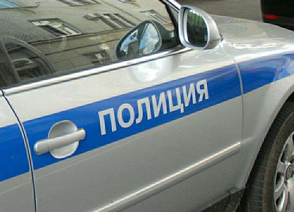 В центре Москвы водитель фургона насмерть сбил человека и скрылся с места аварии
