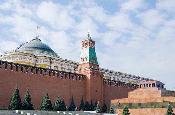 Кремль: новые санкции США в отношении России являются незаконными