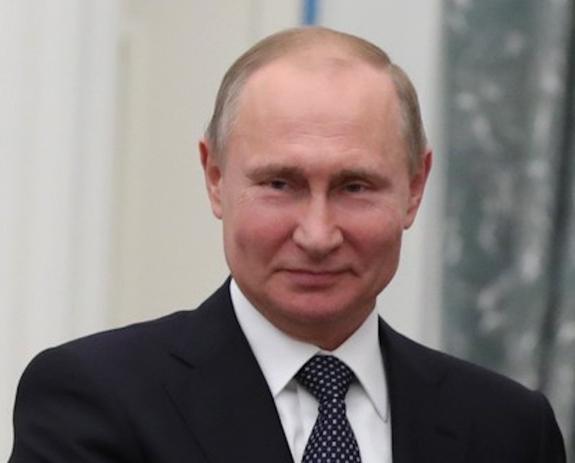 Глава нацразведки США признал, что Россия справляется с санкциями