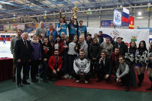 Команда медиахолдинга «Гранада Пресс» выступила на чемпионате по кёрлингу
