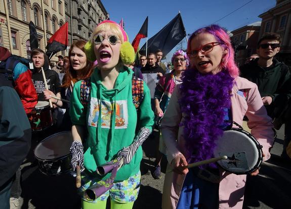 Милонов считает, что только геи и лесбиянки спасут Западную Европу от мигрантов