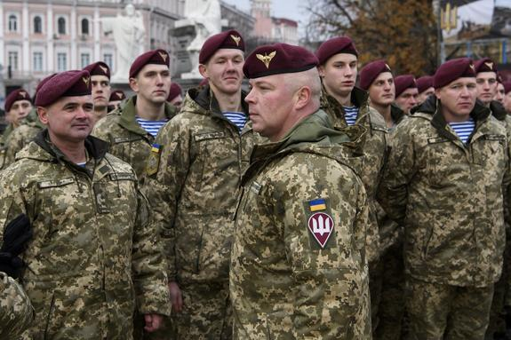 Разочарованные в армии украинские офицеры начали массово увольняться из ВСУ