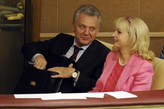 Чем владеет семья Голиковой и Христенко