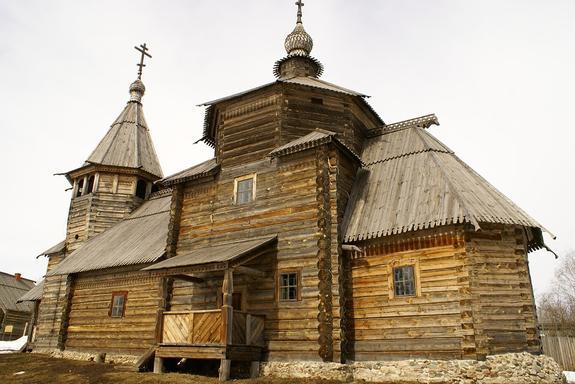 Рейтинг самых  гостеприимных российских городов возглавил Суздаль