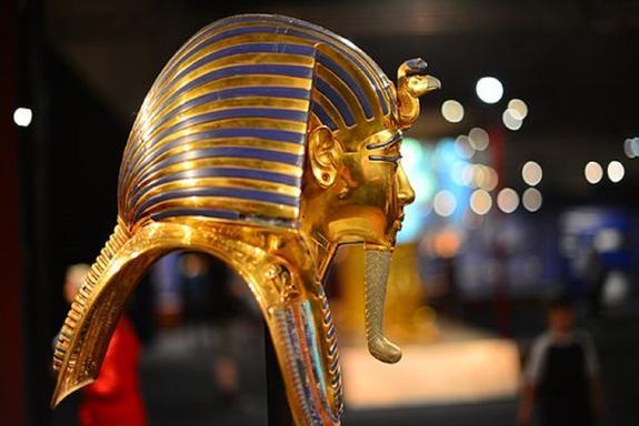 Власти Египта рассказали о поисках потайных комнат в гробнице Тутанхамона