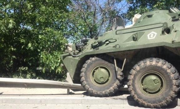 Два БТР попали в аварию под Симферополем