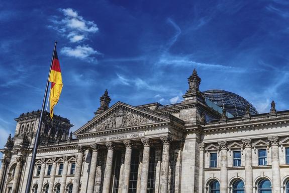 В Бундестаге считают санкции США против России частью торговой войны