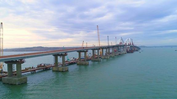 Аксенов: Крымский мост превратился в достопримечательность