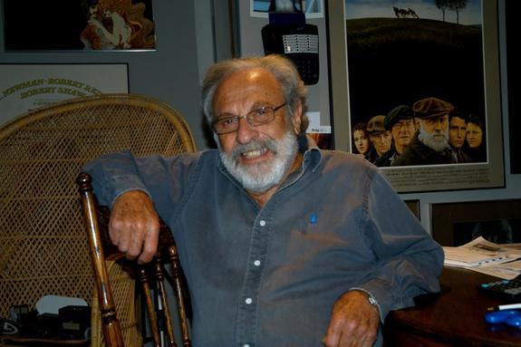 Умер художник-плакатист Билл Голд
