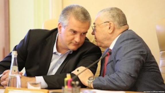 В обществе Республики Крым нарастает напряжение в связи с арестом А. Ростенко