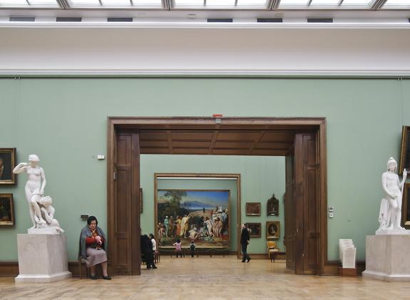 Вандал, сильно повредивший картину Ильи Репина, назвал мотивы своего поступка