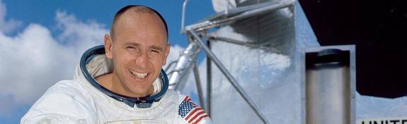 В США скончался побывавший на Луне астронавт Алан Бин