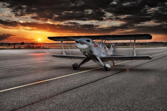 В Канаде подросток посадил неисправный самолет на шоссе