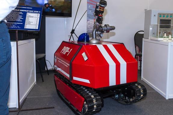 В Саратове создали уникального робота-пожарного