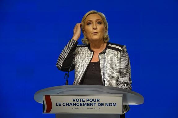 Марин Ле Пен назвала антироссийские санкции «стрельбой по ногам Европы»