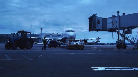 """Самолет """"Аэрофлота"""" совершил экстренную посадку в Новосибирске"""