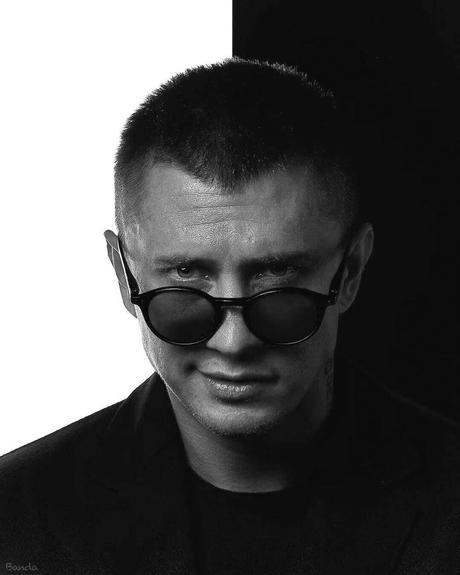 Павел Прилучный попал в больницу, поклонники решили,что у него сердечный приступ