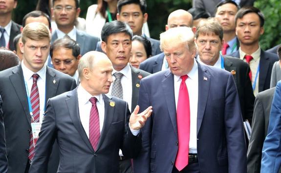 Владимир Путин поздравил Дональда Трампа с Днём независимости США