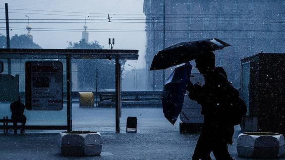 Синоптики предупреждают о ливнях и грозах в Москве вечером 7 июля