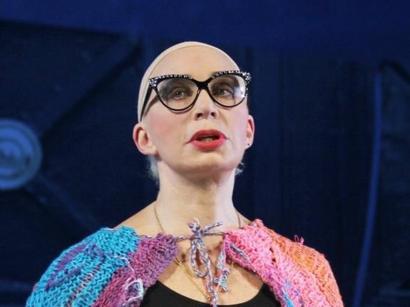 Актриса Татьяна Васильева смело опубликовала свое фото на пляже в бикини
