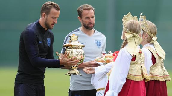 Дождусь ли вылета сборной Англии? Недостойные могут занять достойное место...
