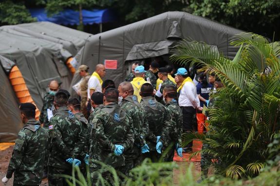 Медики выявили признаки инфекции у всех спасенных из пещеры в Таиланде детей