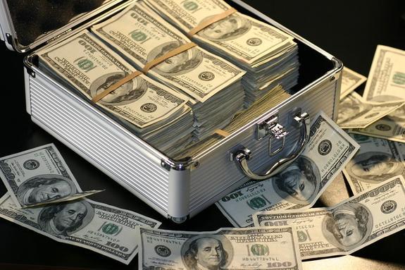 Россия вышла из числа крупнейших держателей госдолга США