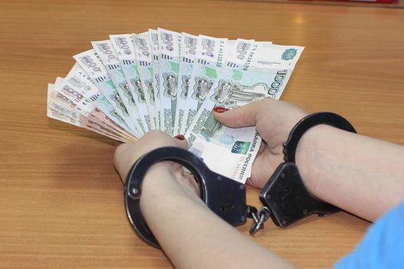 Вице-мэра Оренбурга поймали с поличным при получении взятки